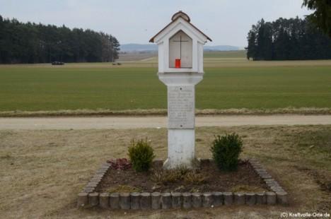 Dnes už tragédii připomíná jen památník.
