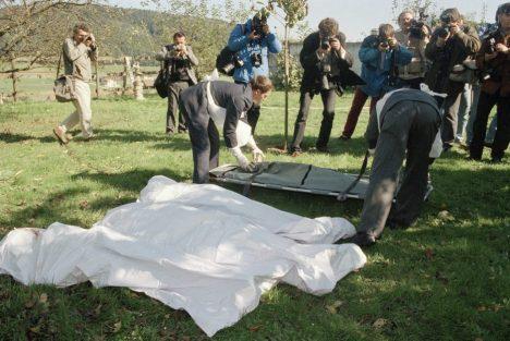 23 corps sont retrouvés dans les décombres a Cheiry, en Suisse, le 5 octobre 1994.