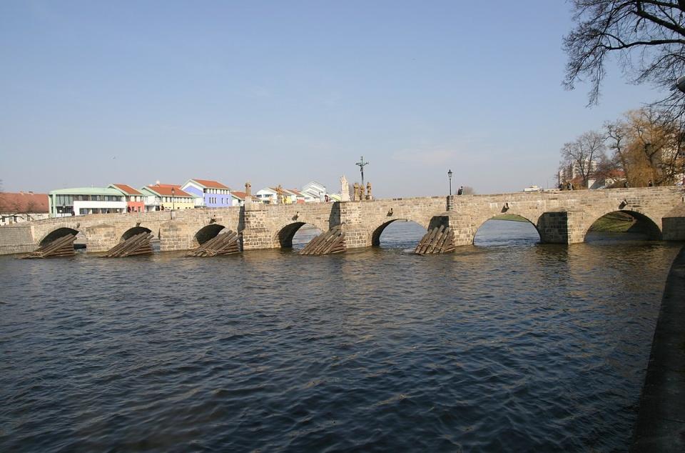 Most v Písku
