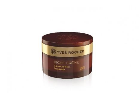 Kvalitní pleťový krém, který je vyvinutý na hlubší linie, najdete v portfoliu značky Yves Rocher.