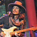 VIDEO: Jak válí Jack Sparrow s kytarou?
