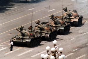 Pekingské krveprolití aneb masakr u Brány nebeského klidu