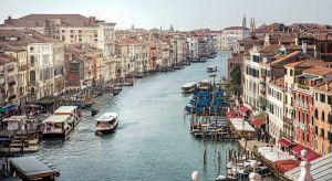 Benátky volají SOS: Klenot omývaný a týraný vodou