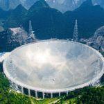 """VČíně byl spuštěn největší """"dalekohled"""" světa"""