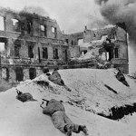 Bitva u Staligradu: Měl generál Paulus na vůdcův příkaz spáchat sebevraždu?