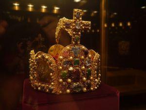 Stala se koruna Svaté říše římské šperkem na cesty?