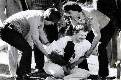 Ronnie Lee Gardner byl postřelen po vraždě státního zástupce Michaela Burdella.