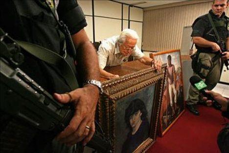Návrat ukradených obrazů do muzea v Sao Pulo.