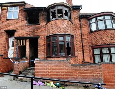 Řadový dům v ulici Wood Hill v Leicesteru.