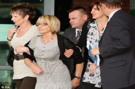 Stav dosud zdravé Maureen Dowlingové (64) z Velké Británie se začne zhoršovat poté, co se rozejde se svým manželem Williamem.