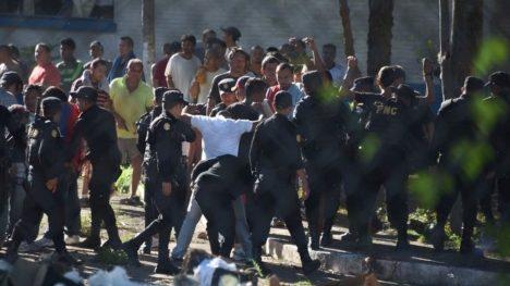 Věznice Granja de Rehabilitacion Canada ve středoamerické Guatemale má kapacitu 800 trestanců.