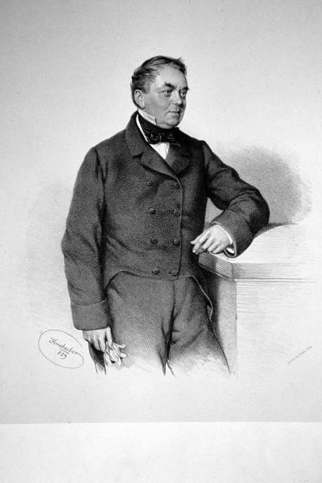 Johann Liebieg přiváží do rakouské monarchie látky z Anglie. Ženy se po nich mohou utlouct.