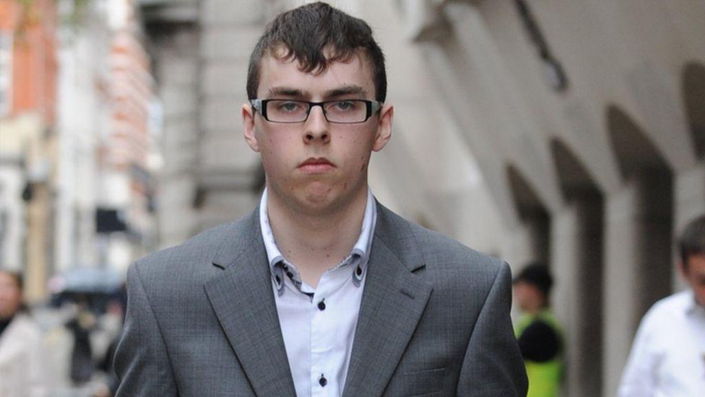 Adam Mudd zaměstná mnoho britských policistů.