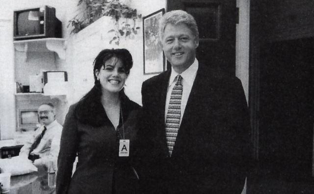 Nejznámější aféra Billa Clintona je s Monikou Lewinskou.