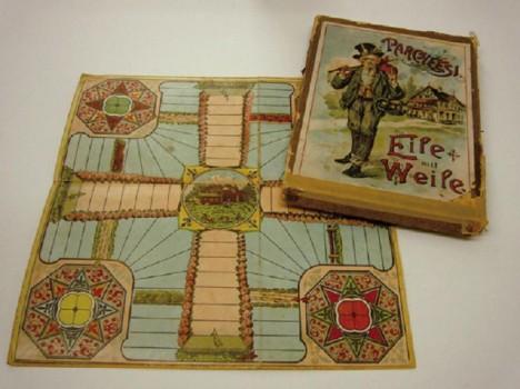 Eile mit weile, originální herní deska z počátku 20. století.