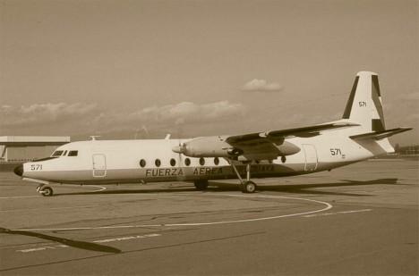 Zpočátku se nezdálo, že by měl mít let č. 571 nějaké problémy.