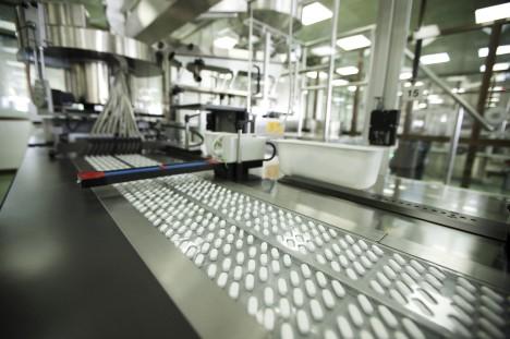 Světový trh s vitaminovými doplňky je dnes miliardový byznys. Jen multivitaminů se v roce 2011 prodalo za 16 miliard dolarů.