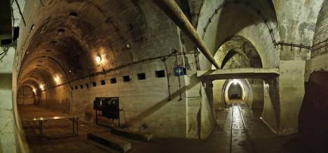 Když se blížila Rudá armáda, věděla, že Regenwurmlager střeží kompletní divize SS. Při útoku ale vojáci zjistili, že divize doslova zmizela. Zřejmě byla stažena pomocí podzemních tunelů.