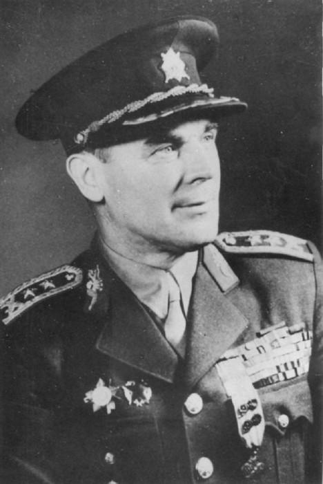 Generál Heliodor Píka stál při vzniku Československé vojenské mise v SSSR.