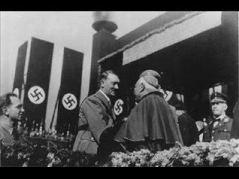 Hitler a papež