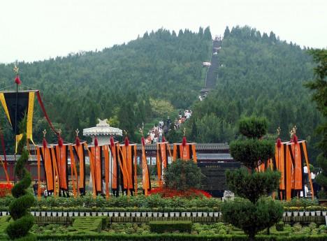 Hrobka čínského císaře je podle odborníků až příliš nebezpečná, než aby mohla být prozkoumána.