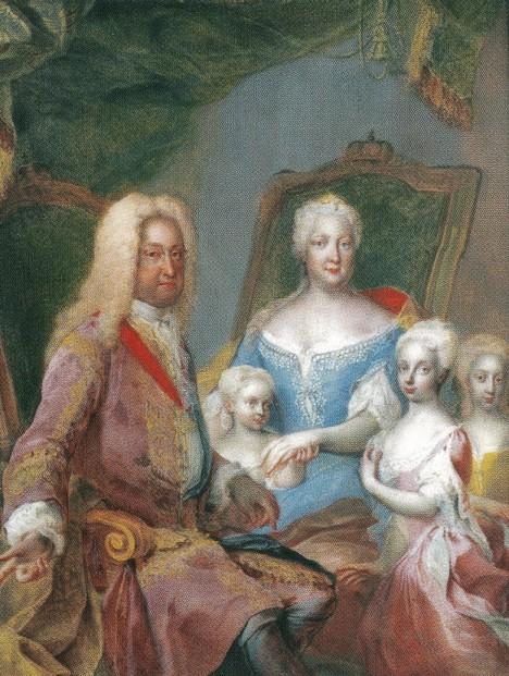 Karel VI. tráví s manželkou a dcerami spoustu času. V soukromí je nenucený a hýří humorem.