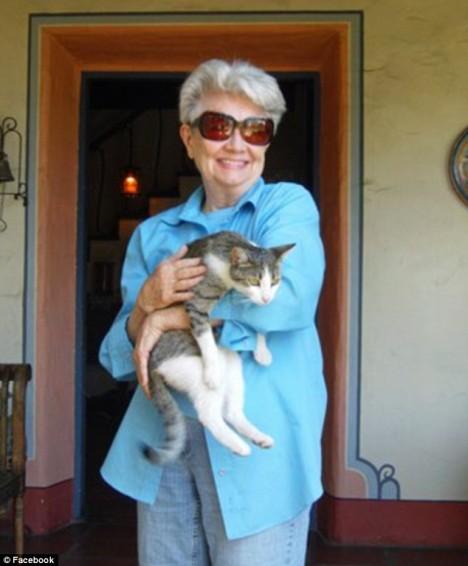 Miss Cathy pronajímala Volu spisovatelů celých pětatřicet let.