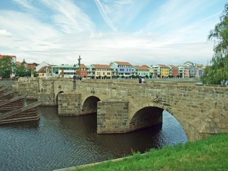Na udržování mostu v Písku měly sloužit pokuty vybrané ve městě.