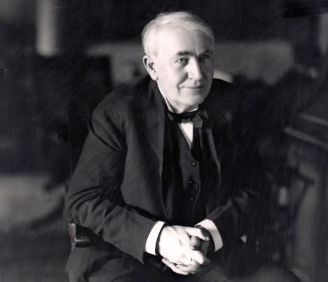Na výrobě vražedného nástroje v podobě elektrického křesla se podílí i americký vědec Thomas Alva Edison.