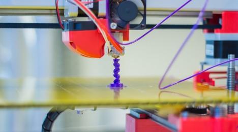 Obr. 4 - 3D tiskárna