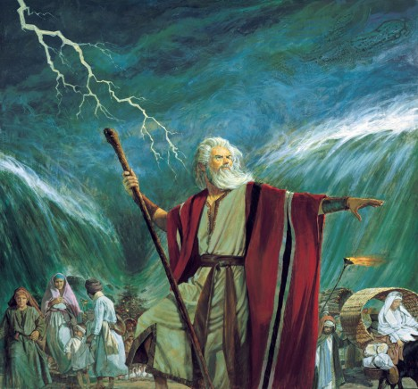 Podle Starého zákona vyvedl Židy z otroctví bájný prorok Mojžíš, který paradoxně sám vyrostl jako princ na egyptském dvoře.