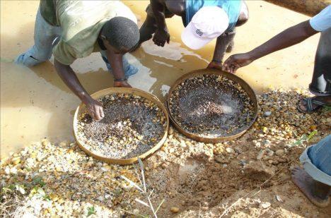 Diamanty přinesly mnoha lidem v Siera Leone spoustu utrpení.