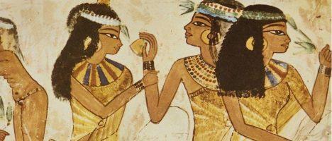 Směs zásaditých solí a živočišných nebo rostlinných olejů pomáhá starým Egypťanům v očistě.