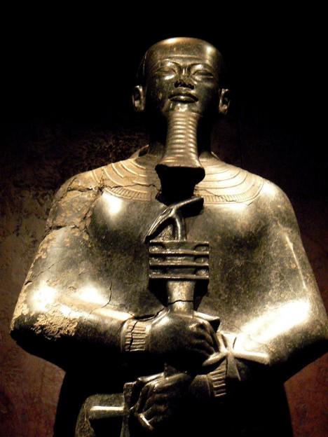 Staroegyptský bůh Ptah, jehož jméno by se dalo přeložit jako Zobrazovatel, byl patronem umělců a řemeslníků.