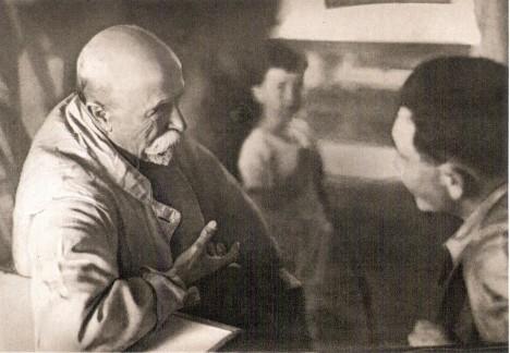Tomáš Garrigue Masaryk rád diskutuje. Zároveň je ale i plodným novinovým autorem.