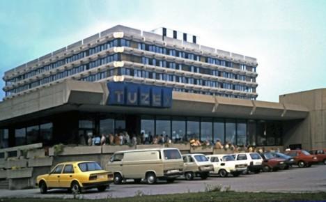 Administrativní budova PZO Koospol, prodejna Tuzex