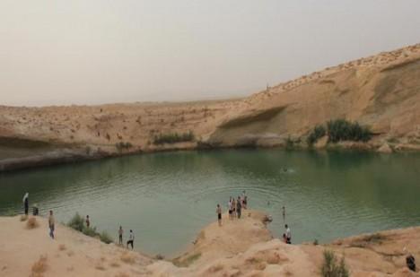 Jak se mohlo v poušti zničeho nic objevit velké jezero?