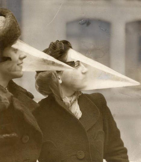 1. Maska proti sněhovým bouřím - Kanada, 1939