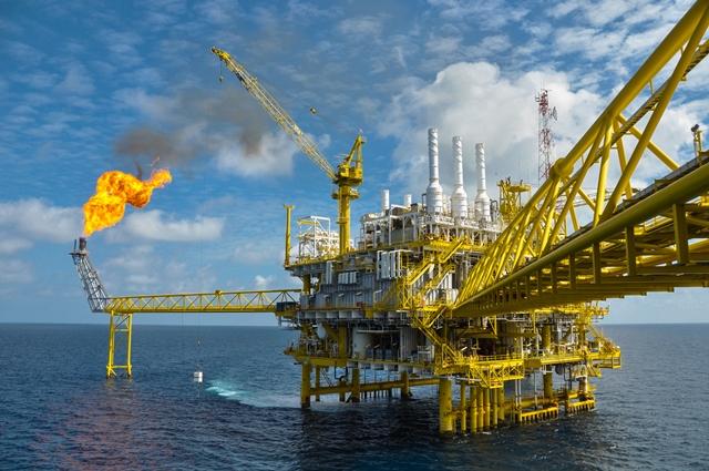 Nedostatek ropy v nejbližší budoucnosti nehrozí.