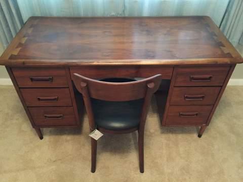 lane acclaim mid century kneehole desk