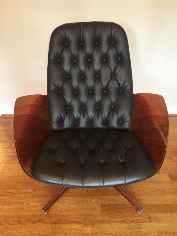 Mr Chair Bentwood Lounge With Ottoman By George Mulhauser