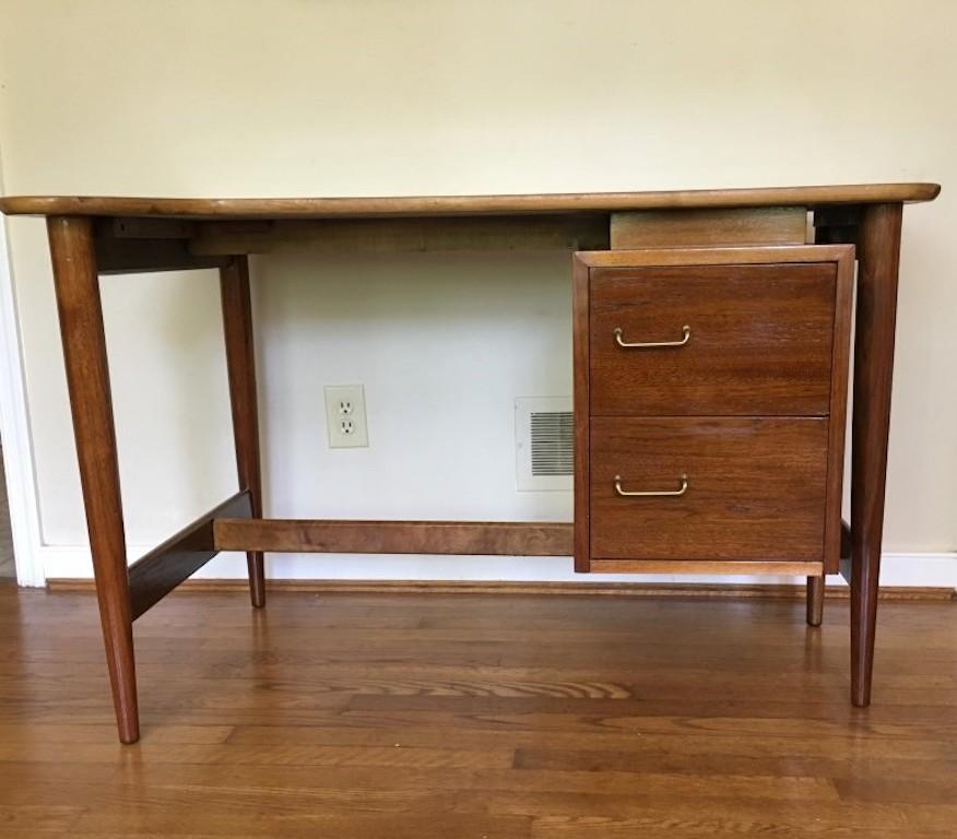 Mid Century Modern Desk: Mid-Century Modern Desks -EPOCH