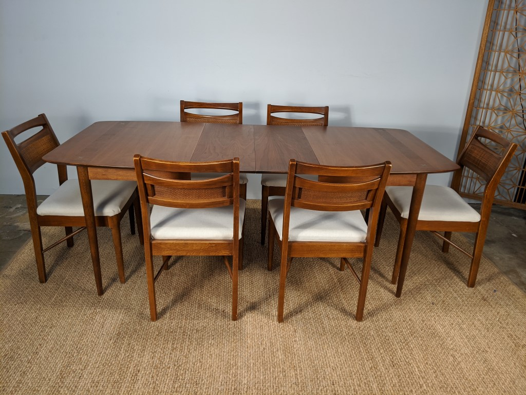 Vintage Mid Century Walnut Dining Set By American Of Martinsville Accord Collection Epoch