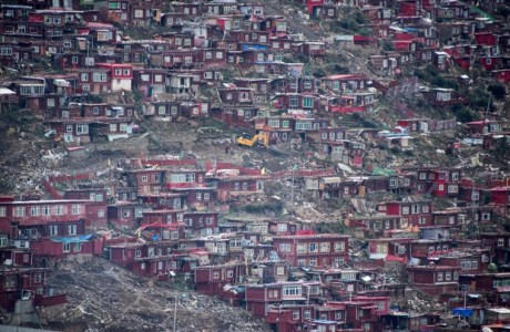 Regime chinês planeja controlar mosteiro budista tibetano
