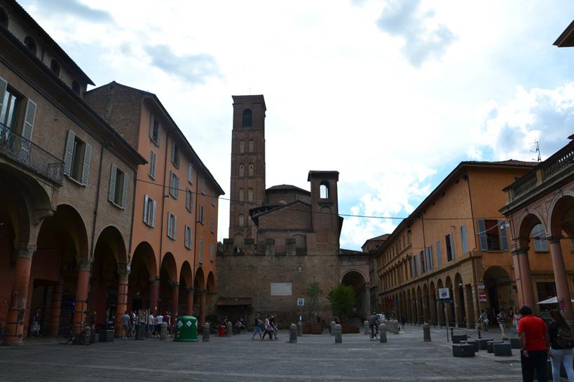 bologna-piazzasantostefano