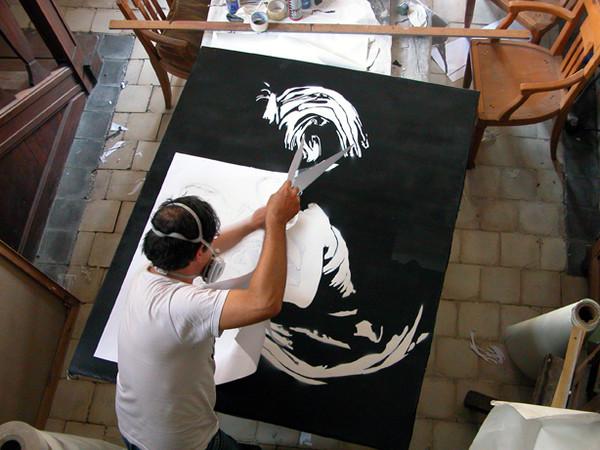 o studio dell'artista Blek le Rat. e' considerato il padre della stencil graffiti art. Photo by Sybille Prou