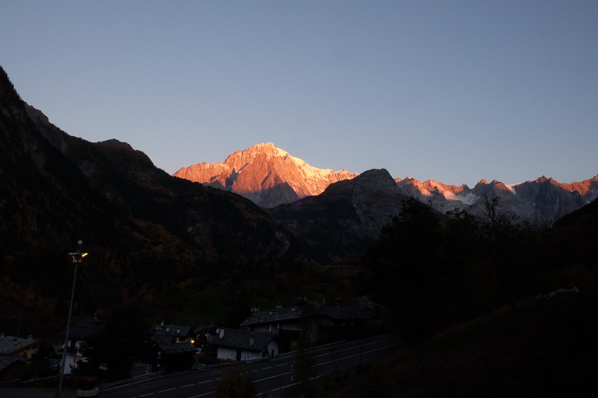 hotel-alpechiara-vista-monte-bianco