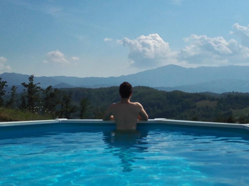 yurta-piscina