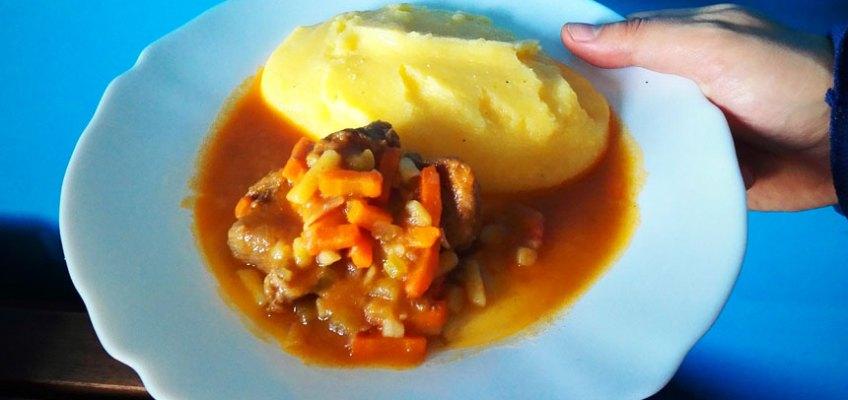 gulash-polenta-monsieur-cuisine-plus