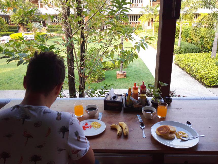 scent-of-sukhothai-colazion